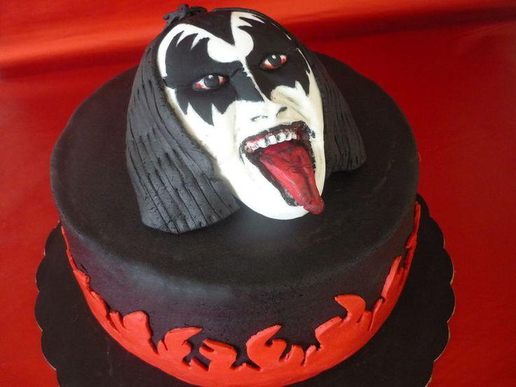 my Gene Simmons/ KISS b-day cake