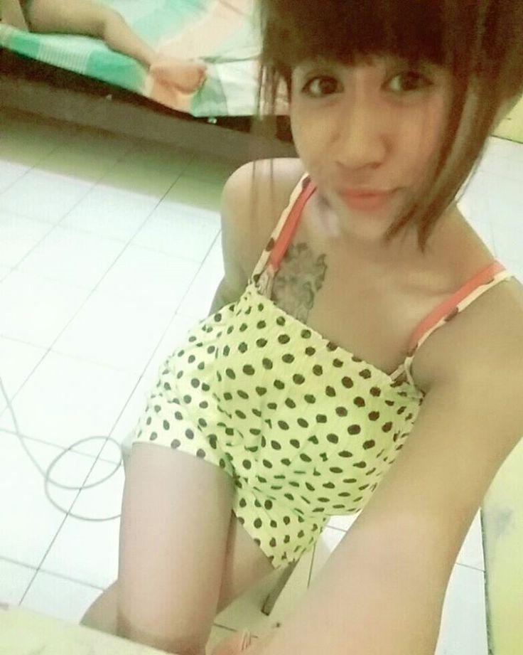 https://web.facebook.com/photo.php?fbid=1656532771257980