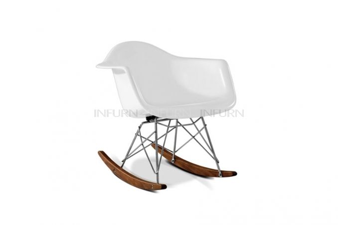 Charles E. RAR Rocking Chair per bambini