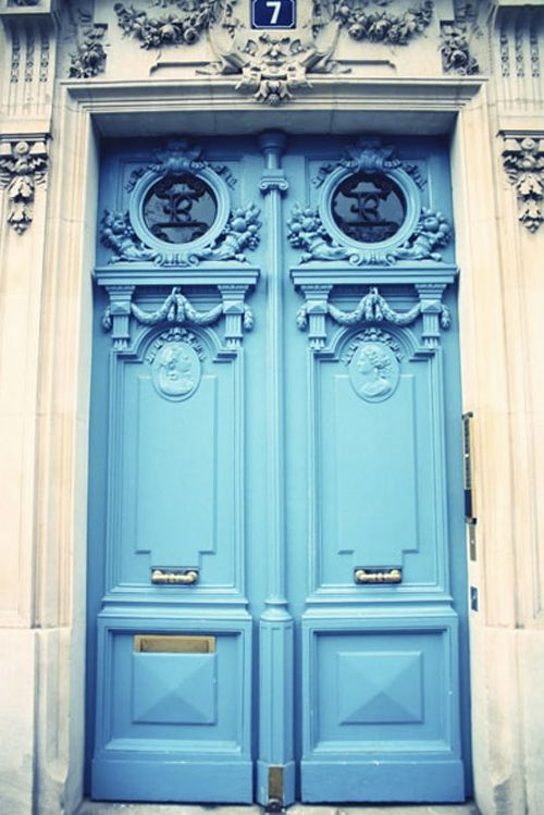 gorgeous blue doors. Source: Vintage Rose Garden