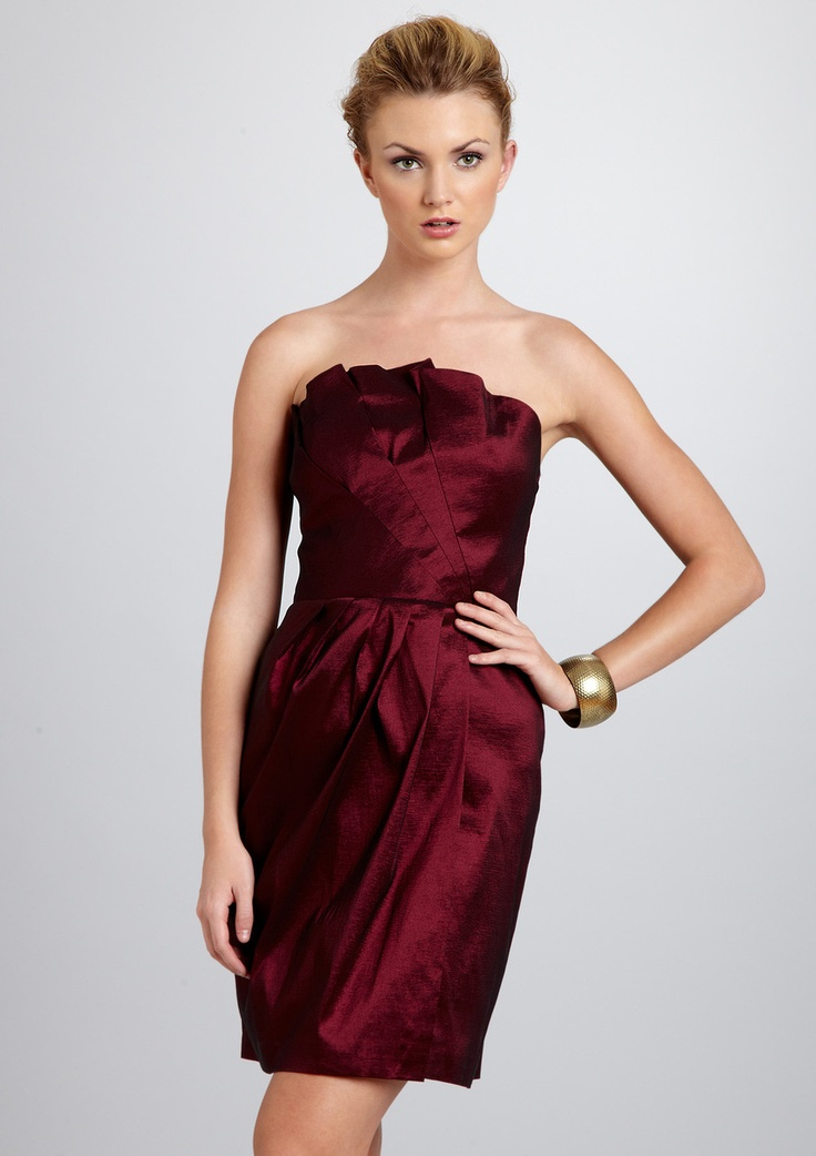 mistress of ceremony dress, perhaps, for an outdoor