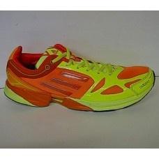 Perkenalkan sepatu Adidas Adizero Feather koleksi terbaru seri 03 cocok digunakan oleh pria yang aktif dan dinamis.