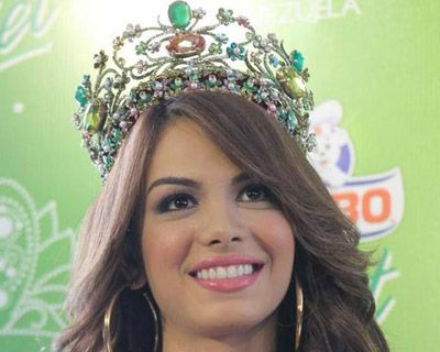 Maira Alexandra Rodriguez to represent Venezuela at Miss Earth 2014