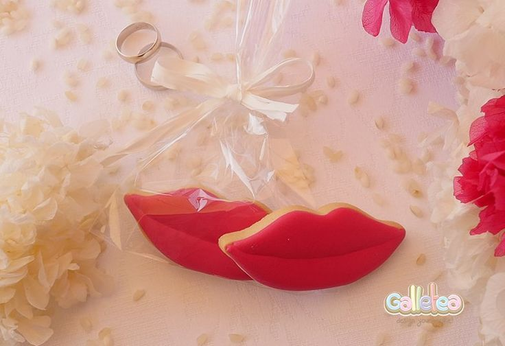 Galletas decoradas para bodas. Encuéntralas aquí.