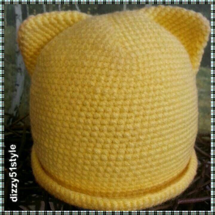 Hat with ears, crocheted. Girl on   2.5 - 3 years