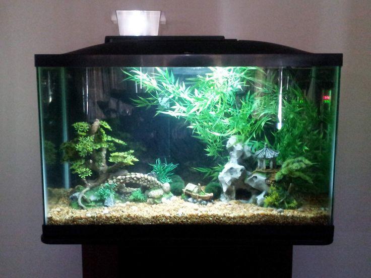 Unique Fish Tank Decoration ~ http://www.lookmyhomes.com/amazing-fish-tank-decoration/