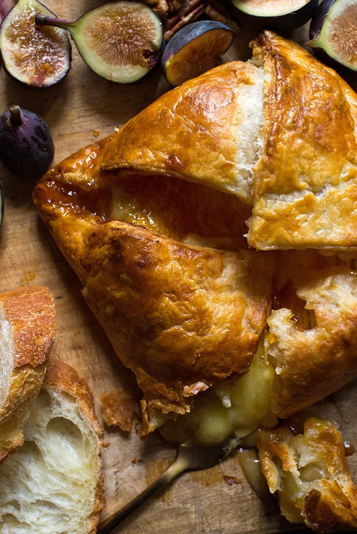Baked Brie With Apricot Jam Recipe Easy Puff Pastry Easy Puff
