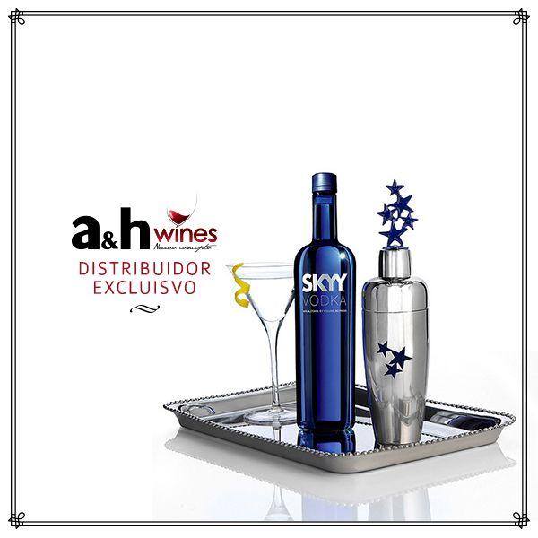 SKYY es un vodka norteamericano de 40,0 % alc./vol., obtenido por cuádruple destilación de trigo y filtrado tres veces.