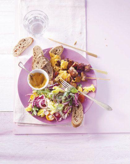 Recept voor Saté van de haas met salade en brood