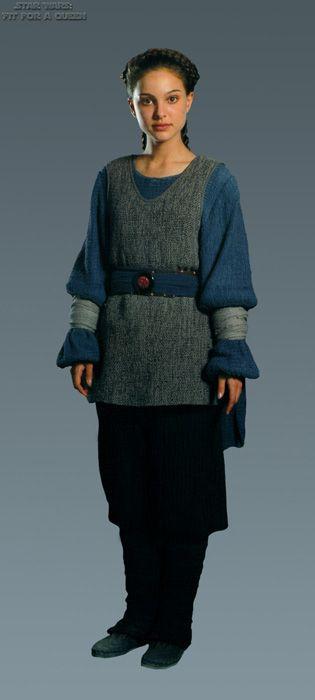 Star Wars Episode I:The Phantom Menace. Padmé Amidala (Natalie Portman). Tatooine 'handmaiden' costume.