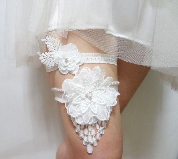 Items Similar To Wedding Garter Set