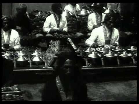 Nederlandsch Indië (1927 - 1940) -- Batavia, Bandoeng, Soerakarta, Jogja...