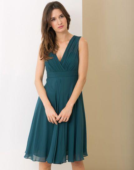 Que mettre avec une robe bleu petrole