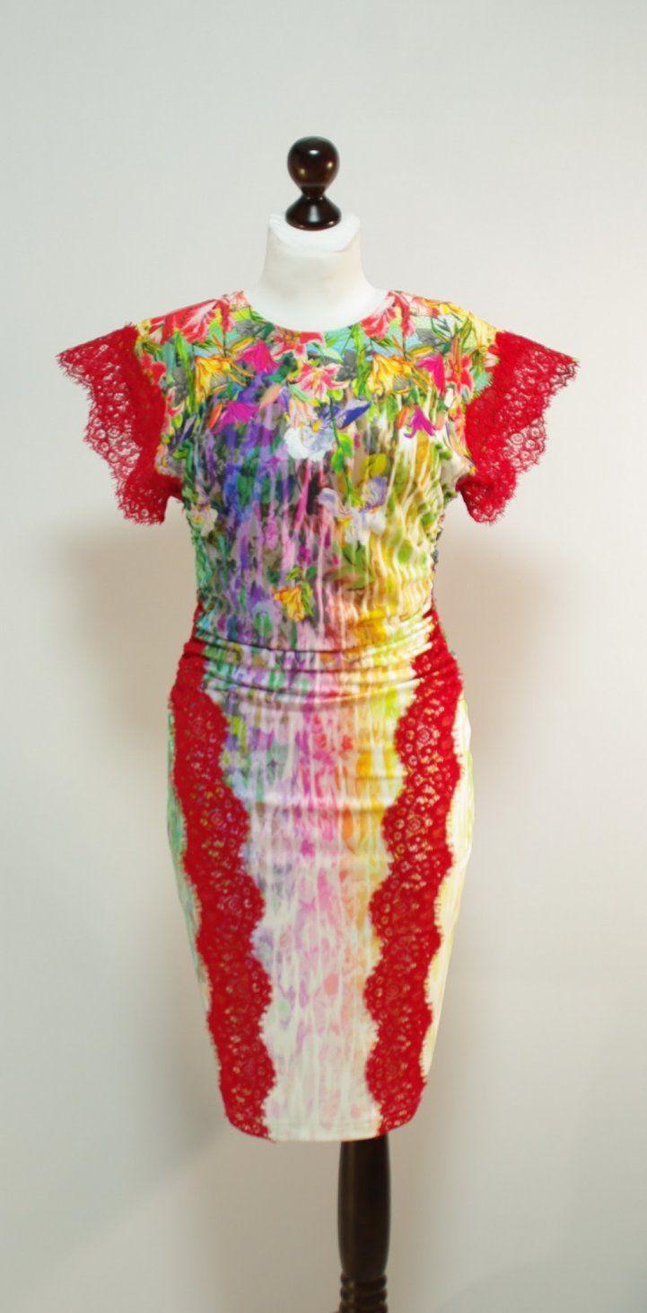 Разноцветное платье-карандаш с ирисами, красные кружева   Платье-терапия от Юлии
