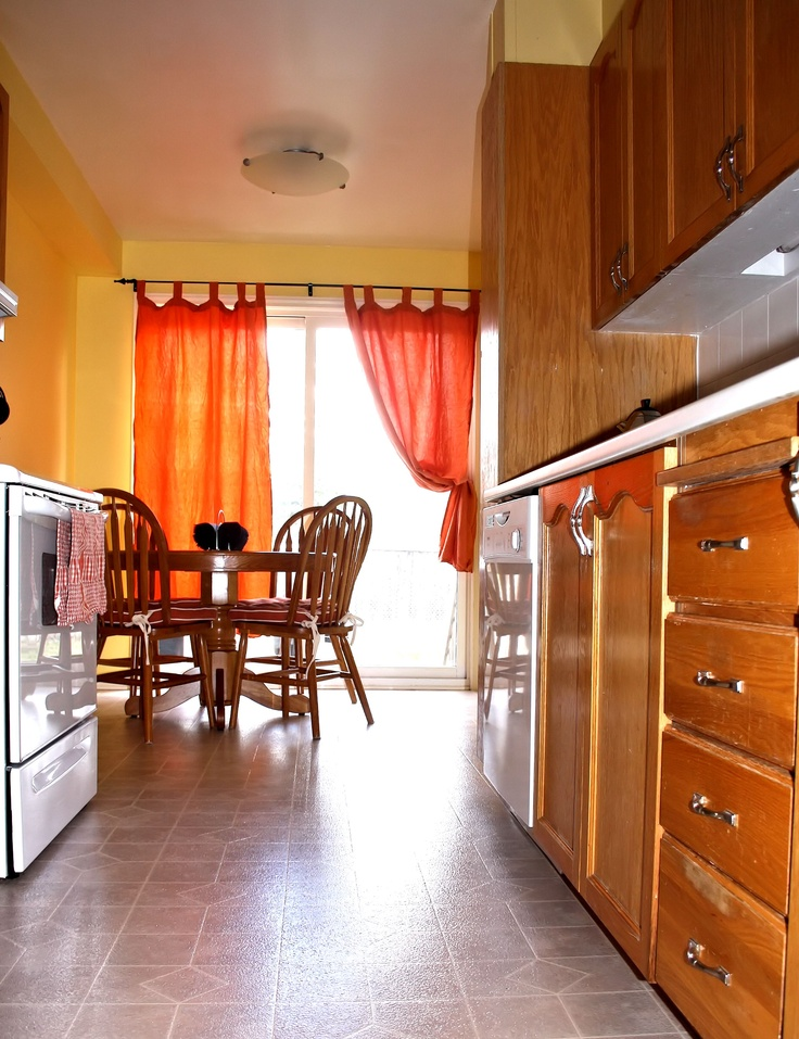 Caldwell Banker Real Estate images Kitchen view 2