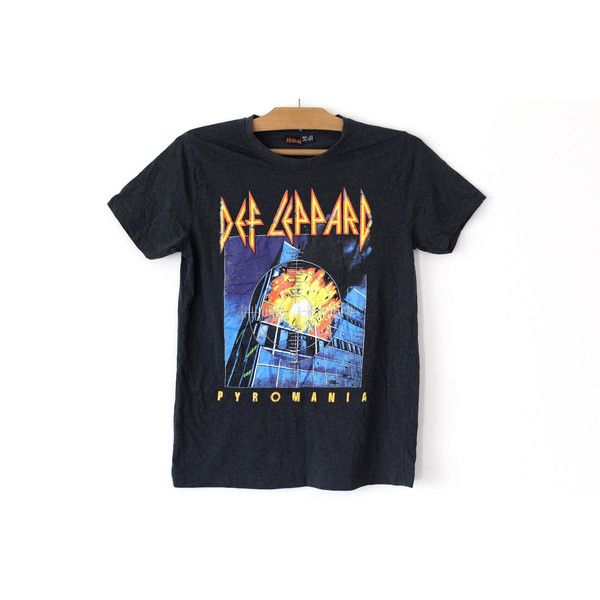 Vintage Def Leppard Shirt, Def Leppard Piromania T-shirt, Concert Tour... ($31) ❤ liked on Polyvore featuring tops, t-shirts, checkered t shirt, tee-shirt, vintage shirts, vintage rock tees and heavy metal shirts