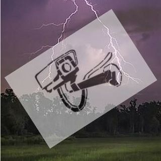 #burza a system monitorujący... Na naszym #blogu firmowym poruszamy temat związany z bezpieczeństwem instalacji monitorującej w czasie burzy.  #bispro24 #cctv