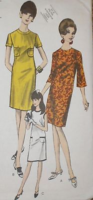 Vintage 1960s Vogue 7039 Semi Fitted Dress Pattern 34B
