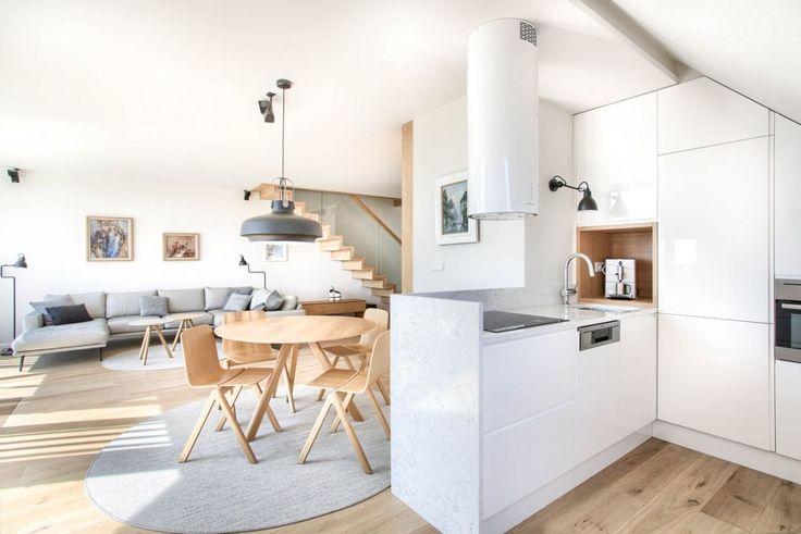 Apartament na poddaszu: nowoczesna przestrzeń pod skosami - Urzadzamy.pl