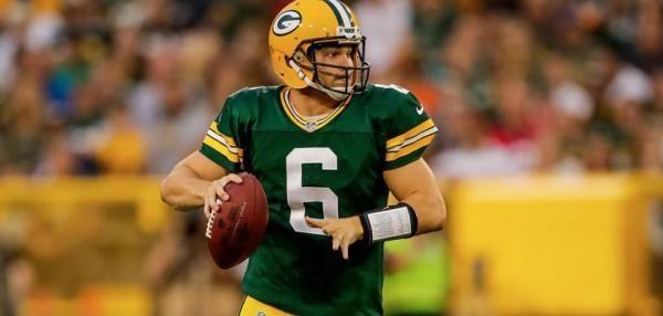 The Green Bay Packers have signed quarterback Joe Callahan.