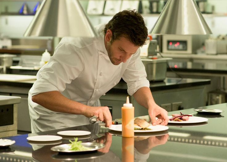 #Voir #BradleyCooper #Cuisine pour vous ;)  #ADAMJONES =>http://po.st/ADAMJONES @BradCooper28 #TopChef #Exclu #PIC RT