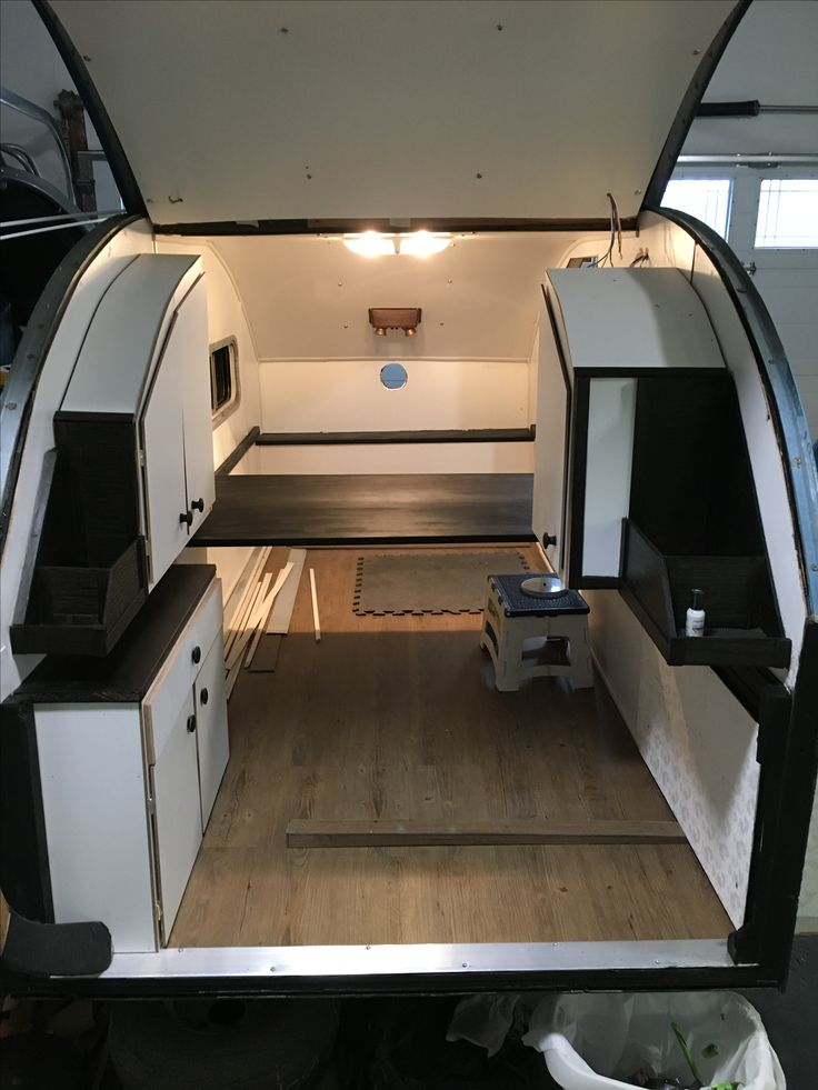 Teardrop Trailer With Bathroom: Interesting Layout