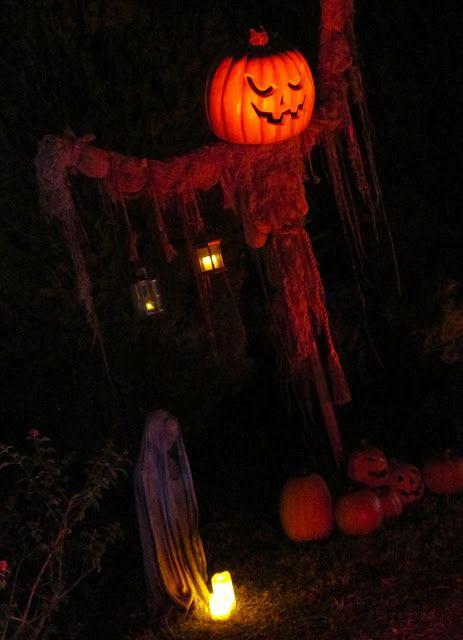 DAVE LOWE DESIGN the Blog: The 2012 Halloween Yard Portfolio