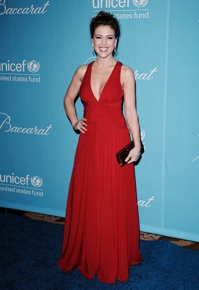 """trustinthepowerof3: """"Alyssa Milano Appreciation Week Day Two: Favorite Outfit- Stunning Red Gown, UNICEF Snowflake Ball (2009) """""""