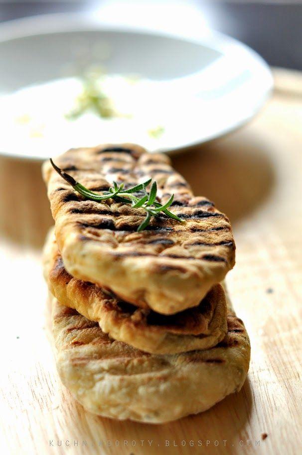 Płaskie chlebki z rozmarynem flatbread - Kuchnia Doroty
