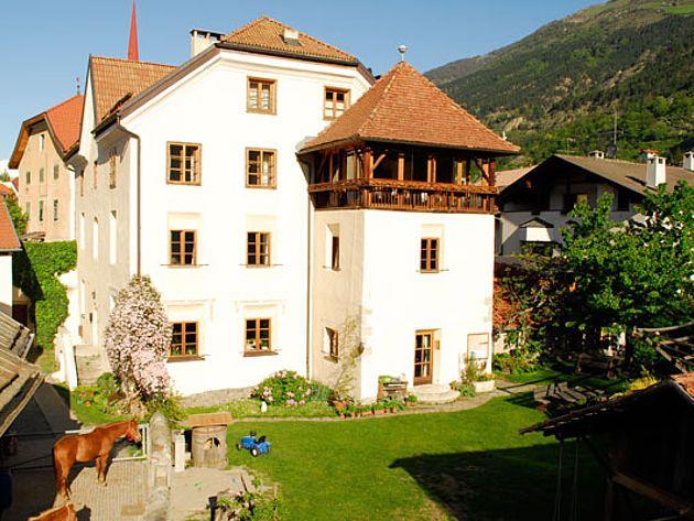 127 Best übernachten Landhäuser Images On Pinterest Travel   Esszimmer  Burrweiler