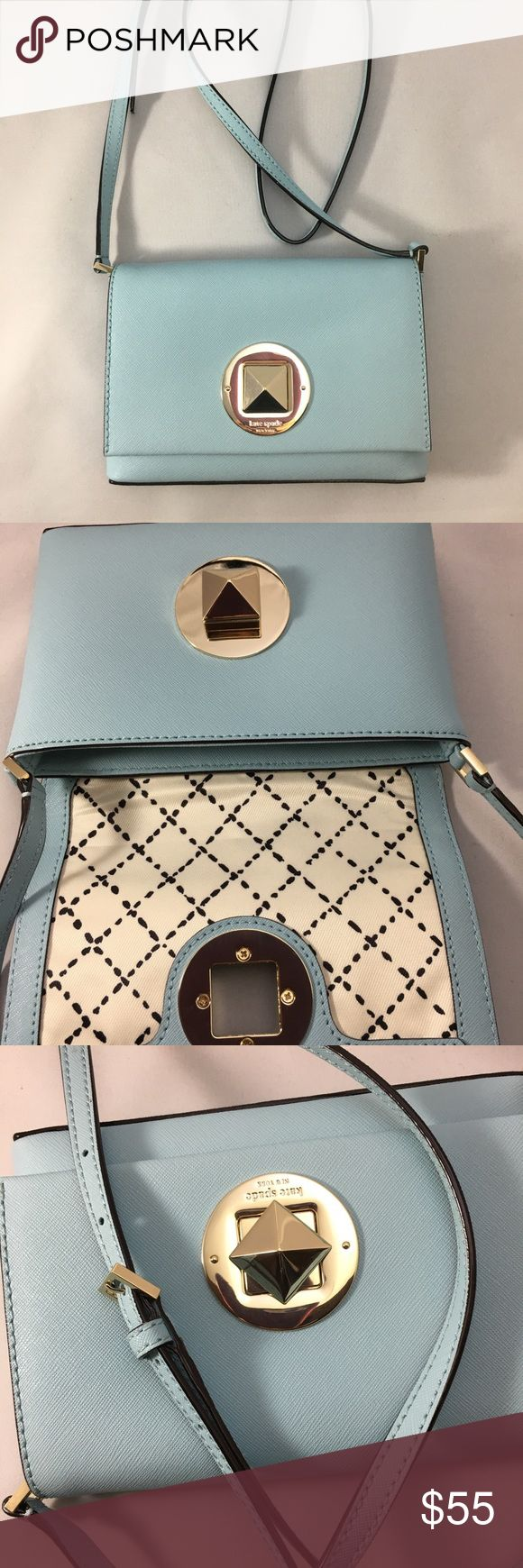 Kate spade newbury lane crossover bag teal purse Crossover small messenger bag adjustable strap. Bag had a silver twist closer in front Teal great fashion piece! kate spade Bags Crossbody Bags
