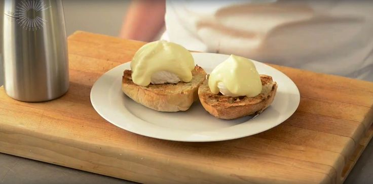Making hollandaise is a daunting prospect for amateur cooks (and for many professional chefs!) as the sauce often splits when it is cooked at a high temperature. You can avoid this problem by cooking hollandaise sous vide. This method keeps the sauce at a constant low temperature, ensuring a perfect result every time. The recipe …