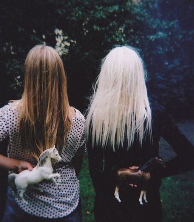 Friendship | Blonde | Brunett | Pony | Play | Hiding | Horse | Friends | Photography | Backyard | Memories | www.republicofyou.com.au