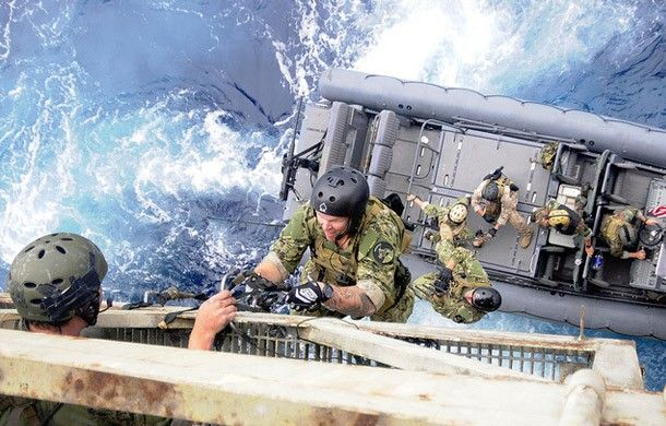 10 Inspirational Quotes from Navy SEAL Training | Slideshow