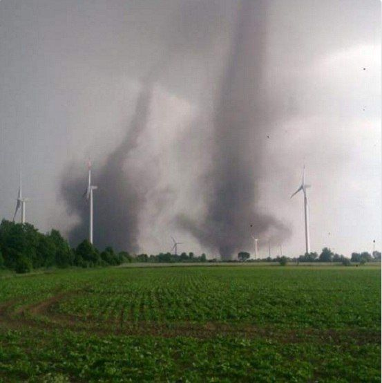 Rare twin tornadoes dance together in Schleswig-Holstein, Germany video photo - Strange Sounds