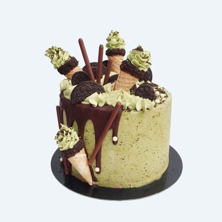 Matcha Oreo Softie Cake by Anges de Sucre.