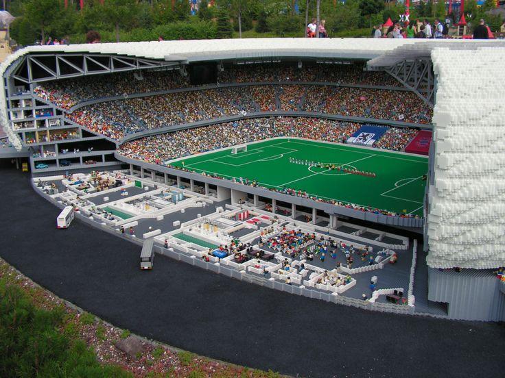 Amazing Lego Creations - Lego Allianz arena, Germany