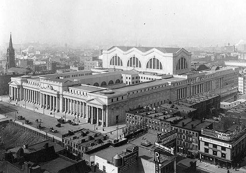 Old Penn Station exterior before demolished (New York City 1902-1911) - Mckim, Mead and White