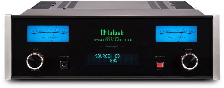Nieuwe McIntosh versterker - met negen ingangen waarvan drie digitaal 32bit/192kHz, maar ook phono, en gebalanceerd.