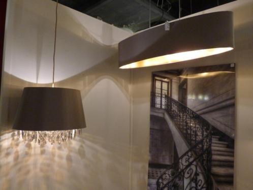 Home interior lights / ONLINE SHOP : click on this LINK ( www.rietveldlicht.nl ) Verzendkosten gratis . Showroom winkel . Klik 2 keer op de foto voor een hele grote foto .  .Voor woonkamer verlichting , keuken lamp - slaapkamer lamp - kantoor . Keuze uit meer dan 3000 artikelen in verlichting in onze webwinkel . Ook meubels, maar die kan je alleen maar bezichtigen en bestellen in onze winkel ( schilderijen, eettafel stoelen , eettafels , banken ) .