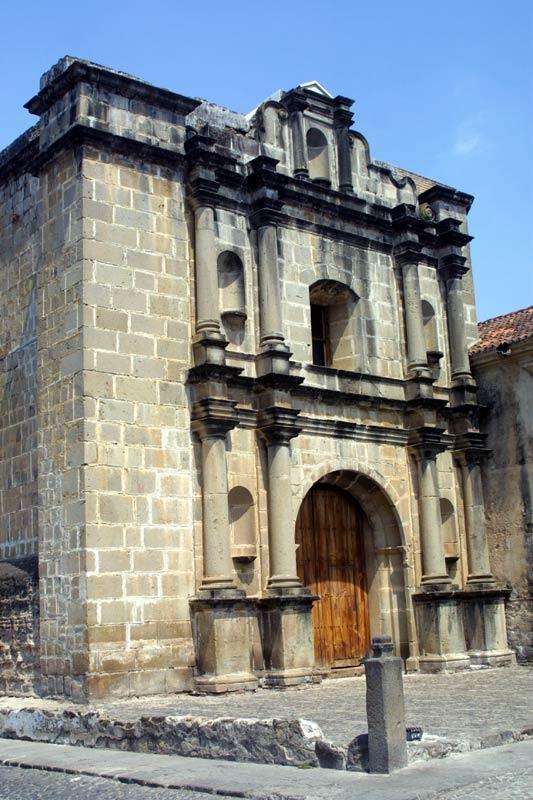 La Antigua Guatemala. Iglesia y Convento de las Religiosas Capuchinas.