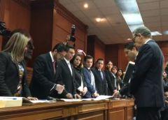 Se registra Alfredo Barrera como candidato único a la rectoría de la UAEM