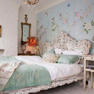 Фотография: Спальня в стиле , Классический, Декор интерьера, Интерьер комнат, Цвет в интерьере, Белый, Черный, Серый, синий в интерьере, традиционный интерьер, марокканский стиль в интерьере, шотландка, тренды декора спальни 2014, марокканские акценты, шотландская клетка в интерьере, гостиничный шик для дома, модные идеи – фото на InMyRoom.ru