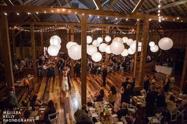 rustic country barn wedding lancaster pa melissa kelly photography and weddings