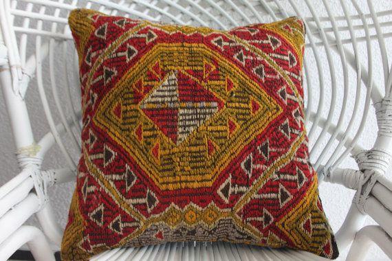 turkish kilim 780078 aztec pillow sarikaya kilim pillow covers accent pillow boho kilim pillow decorative pillow kilim pillow 16x16 1561