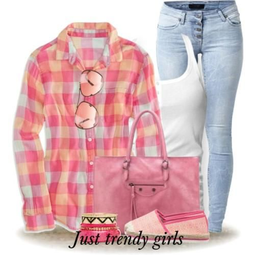 colorful checked shirt outfit Fashion Plaid Shirts for woman http://www.justtrendygirls.com/fashion-plaid-shirts-for-woman/