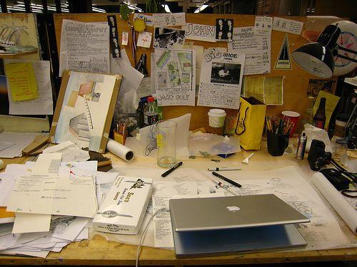 Ecco la mia scrivania - here's my Desktop ! :-)