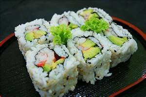 yummy sushi california roll
