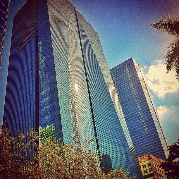 """#Espirito_Santo_Plaza #1395_Brickell_Avenue #Mixed_Use #Building_Buddy @BLDGBUDDY #Architect #Kohn_Pederson_Fox_and_Associates #Built #2004 #Contractor #Bovis_Lend_Lease #Size #624307_sf #36_Stories #Developer #Owner #Estoril #Hotel_Flag #Conrad #Construction_Cost #106M #Anchor_Tenant #Espirito_Santo_Bank #This is #Brickell #Office #hotel and #Condominium_Residence is my favorite #Skyscraper in #Miami and top 8 by #KPF"""