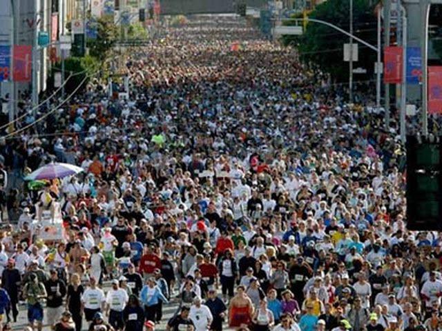 World Mess Association: ADOLF HITLER DEPORTS 900.000 AMERICANS!!!